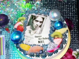 なんと!こんなに素敵なケーキも発見!愛されまくってます!