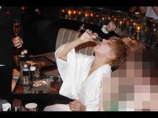 シャンパンをごくり☆